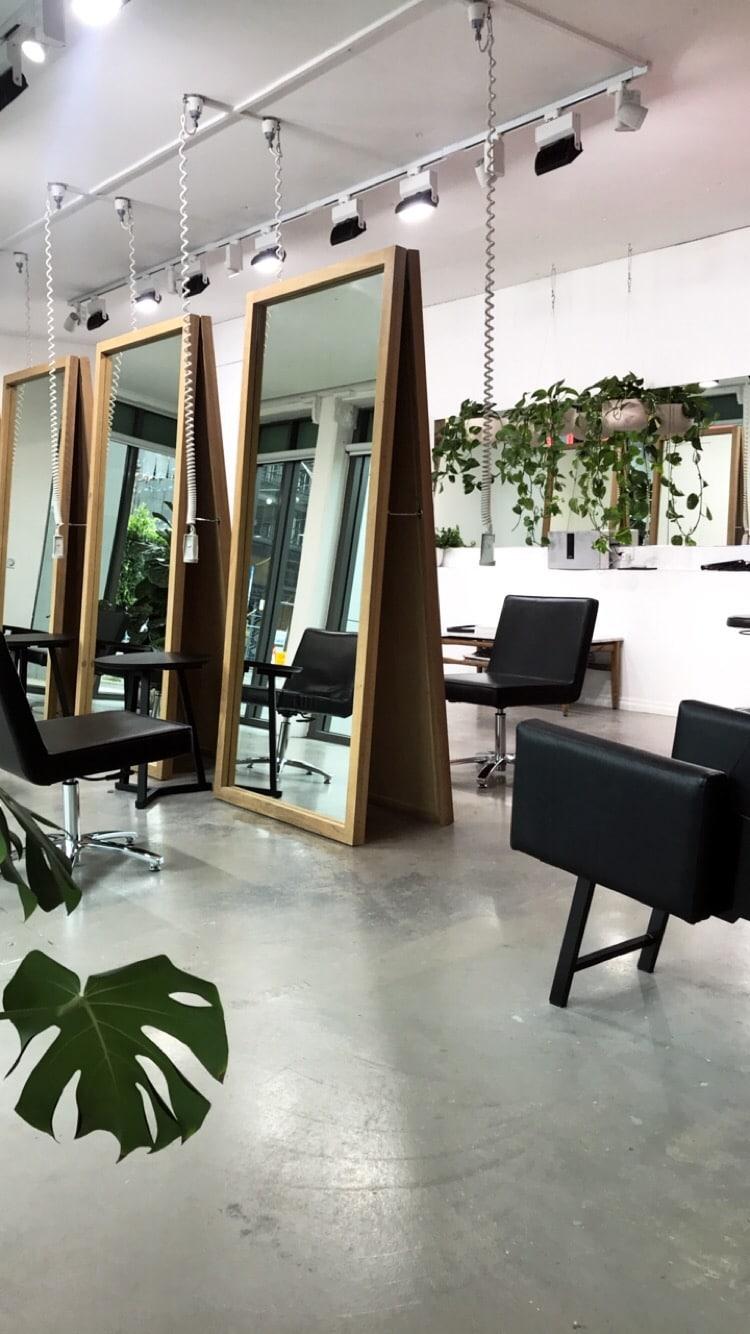inside delilah's hair studio